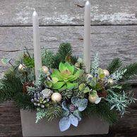 Dekoracje Swiateczne Na Stol Wigilijny Holiday Decor Christmas Wreaths Floral Wreath