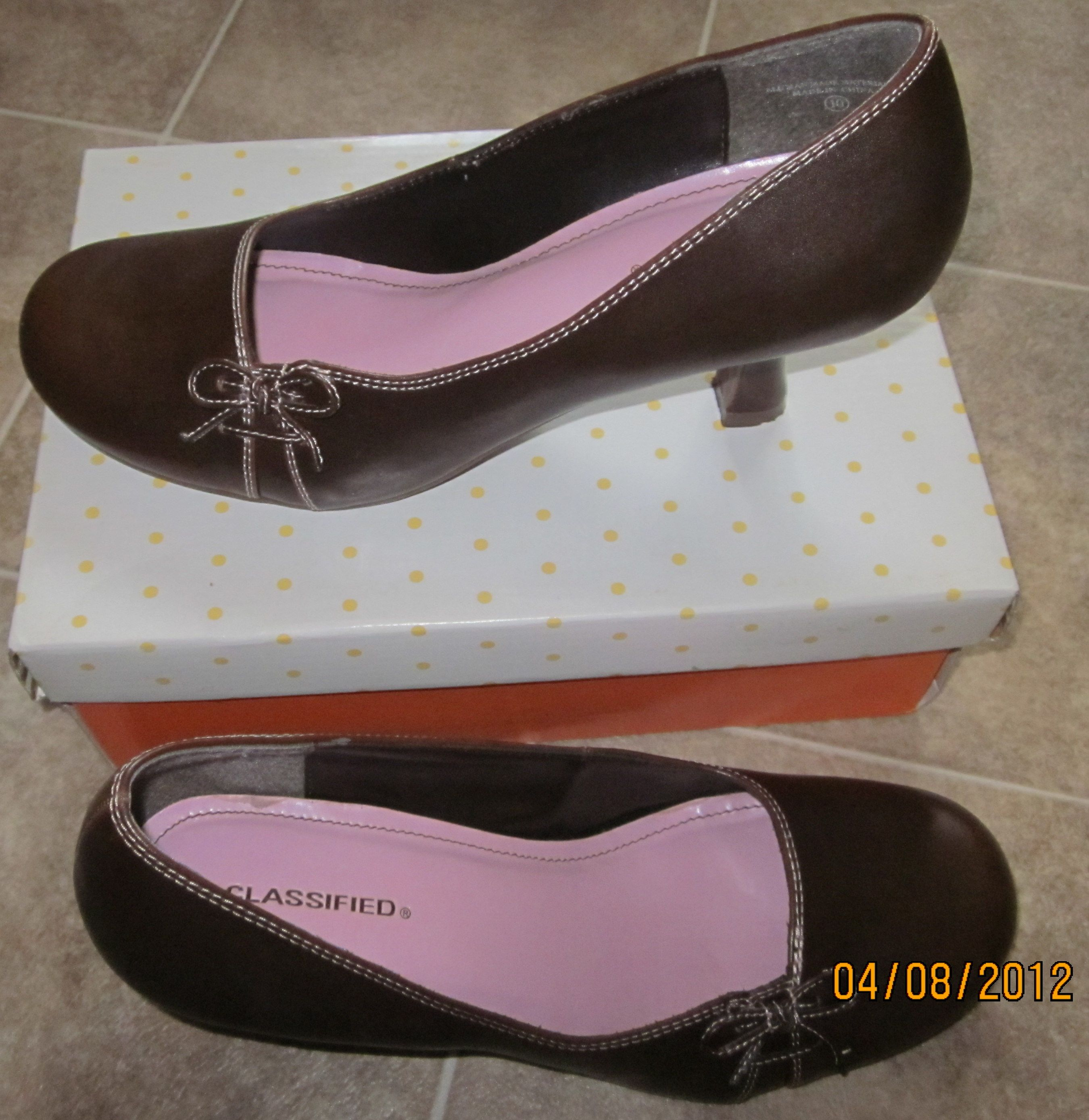 Size 10 Women S Classified Pumps In Sunny Variety S Garage Sale