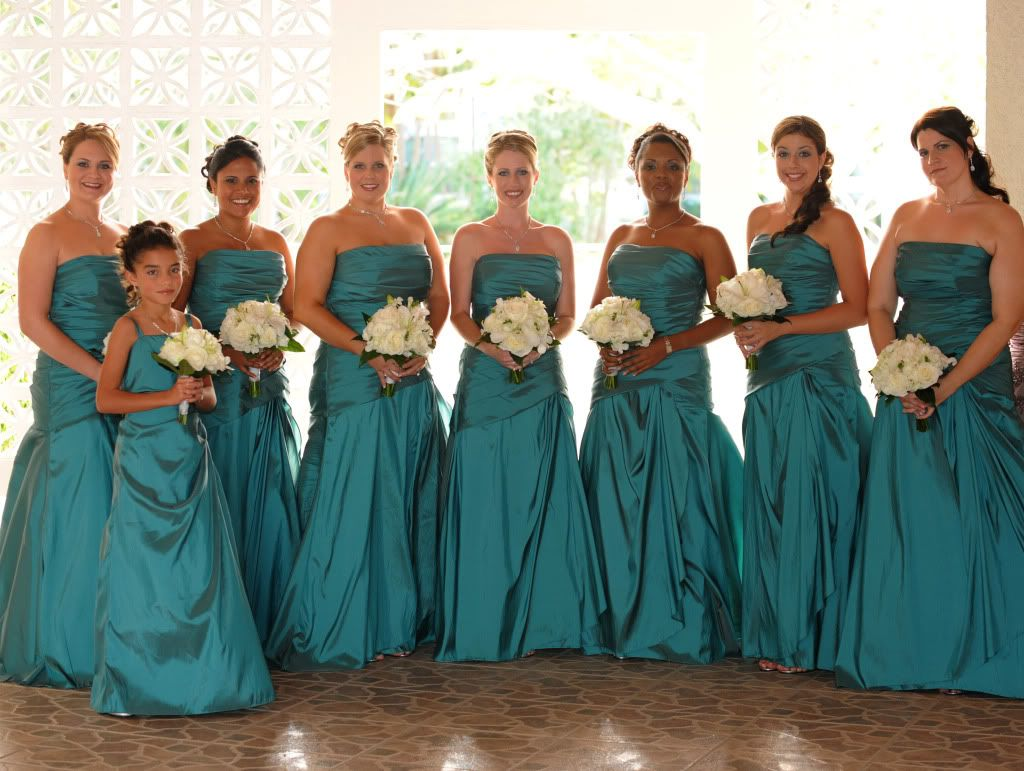 Kim matthew a contemporary cayman wedding wedding brown and teal bridesmaid dresses emerald ombrellifo Choice Image