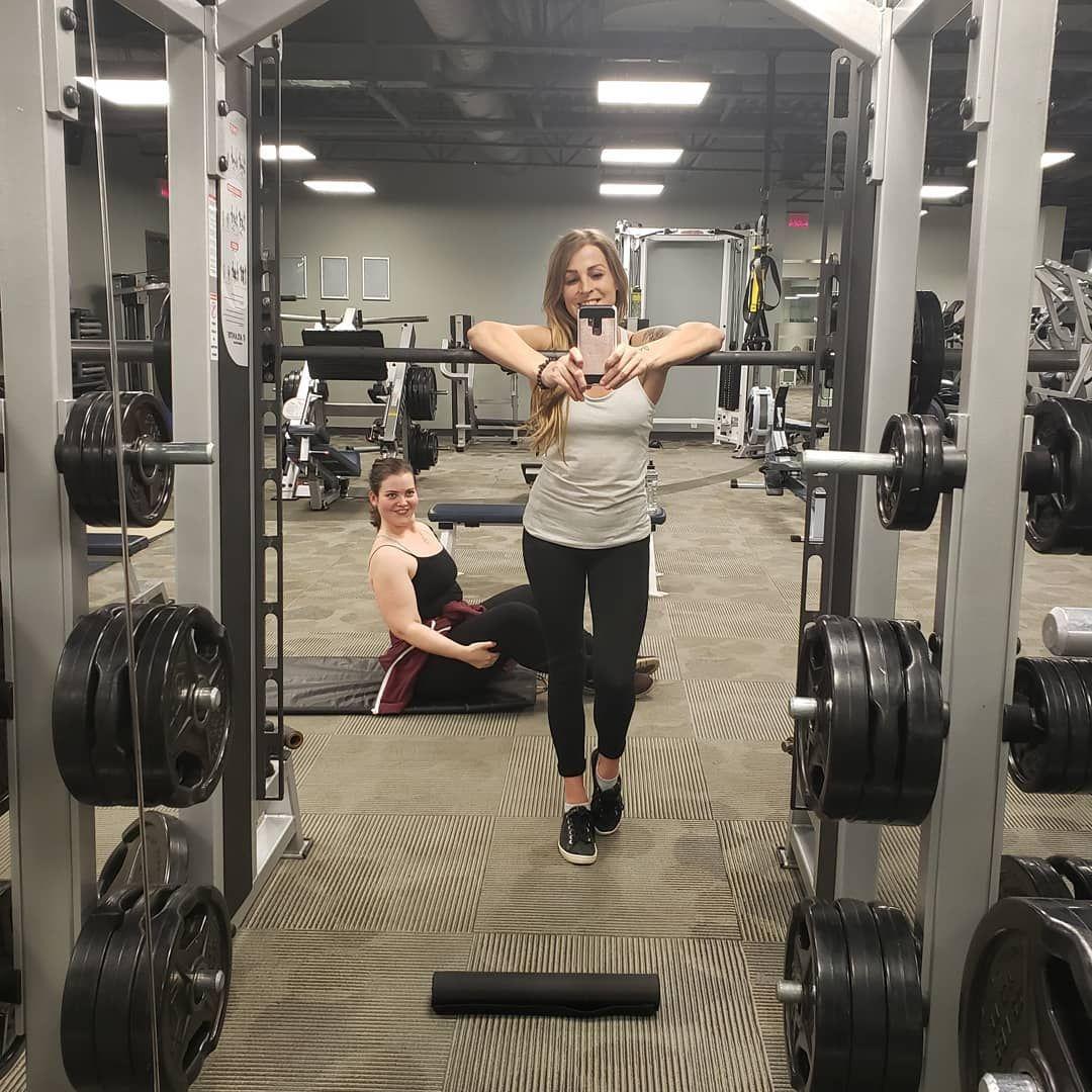 🏋️♀️💕 #fitness #girlsthatlift #girlsthatliftheavy #fitnessmotivation #bossbabe #bombshell #bosslady...