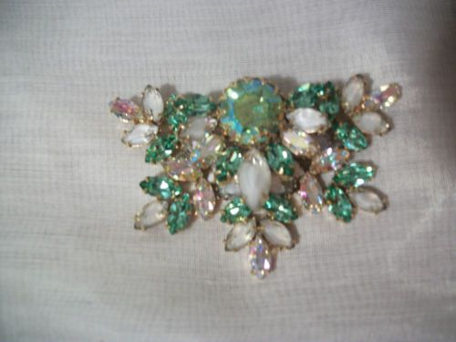 Vintage Green Vaseline Uranium Glass Rhinestone Brooch Pin Costume Jewelry Glass Rhinestone Vintage Green Rhinestone Brooches
