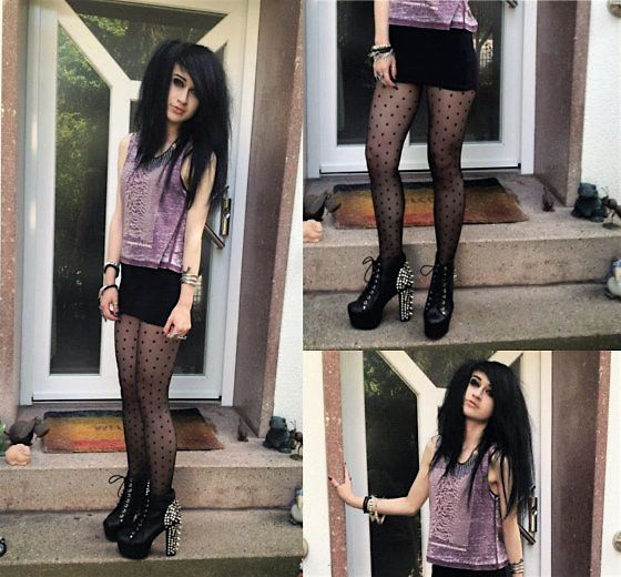 Jeffrey Campbell Lita Spike Heels, Divided Joy Division Top, Vintage Spike Necklace, H&M Dotted Tights