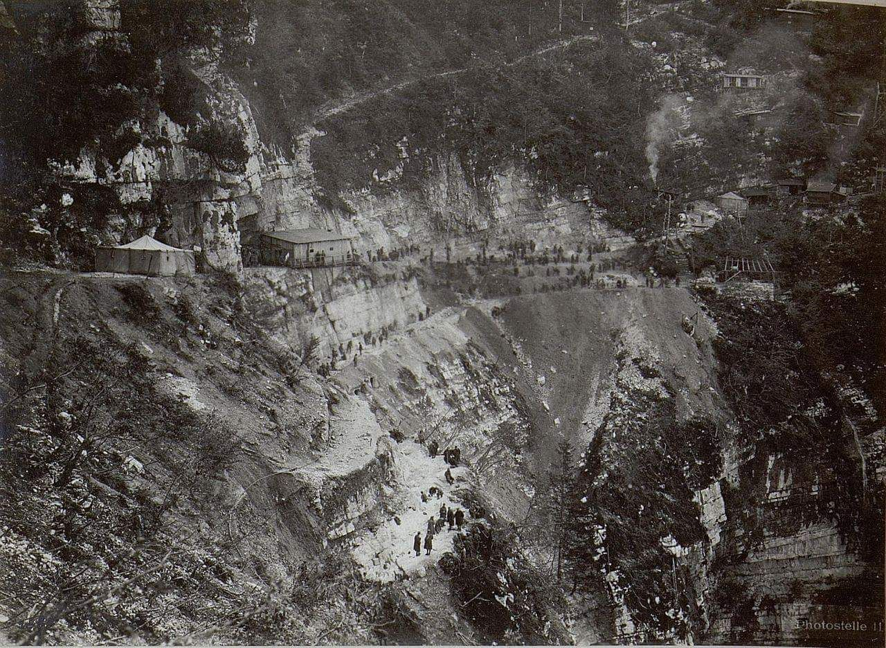 Italian WWI fortifications and barracks, Dolomitic front