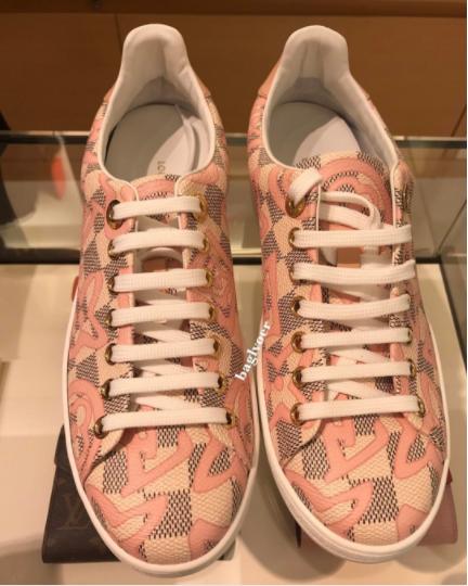 931fb8399ba Louis Vuitton Rose Ballerine Damier Azur Tahitienne Bora Bora Sneaker