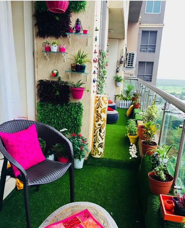 Terrace Garden Apartments: Small-garden-ideas-in-apartments-with-grass-carpets In