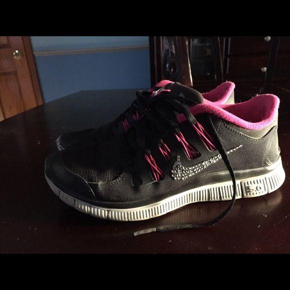 Nike Glitterkicks cheetah black on black Custom rhinestones on the Nike  symbol 0b43b45d3038