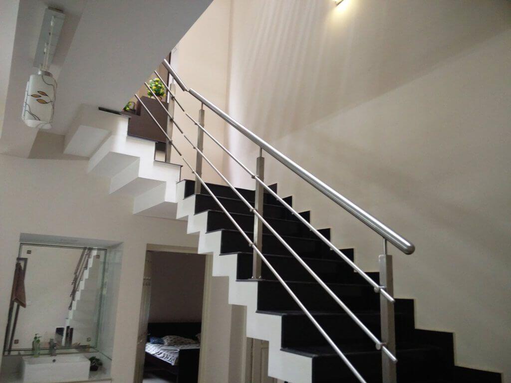 Wooden Handrail Design Kerala