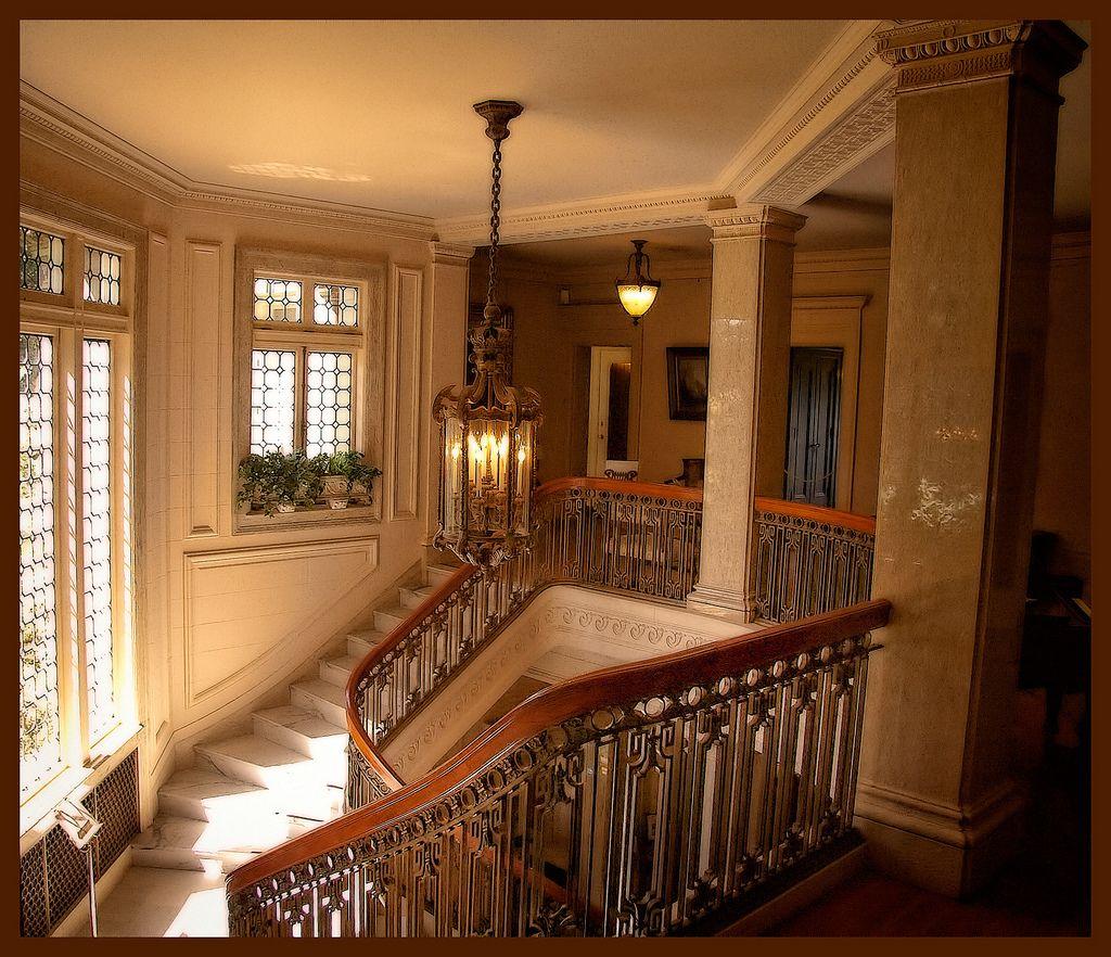 Pittock Mansion Mansion interior, Mansions, Stairs