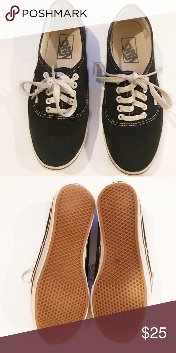 48dbaf50f7 Women s black vans Women s size 8 Low cut Used Vans Shoes Sneakers ...