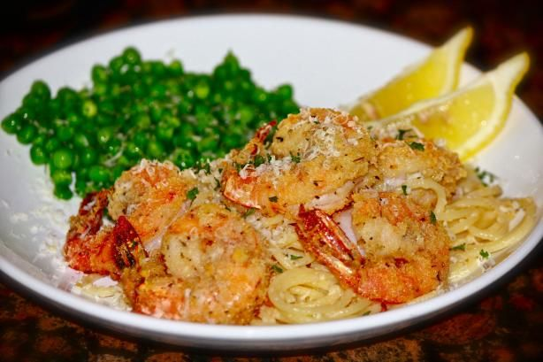 Parmesan Shrimp: Only 511 Calories per serving :) I might make this on Friday... Hmm...