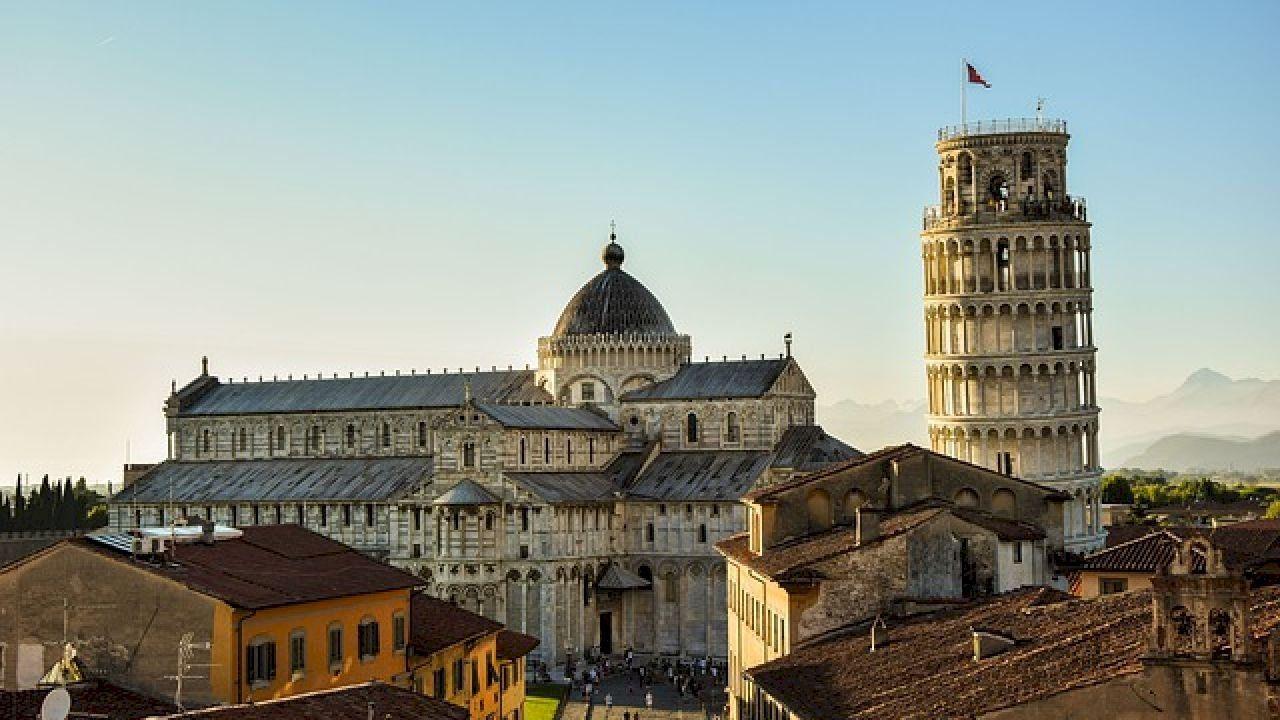 أين يوجد برج بيزا المائل Pisa Italy Livorno Leaning Tower Of Pisa