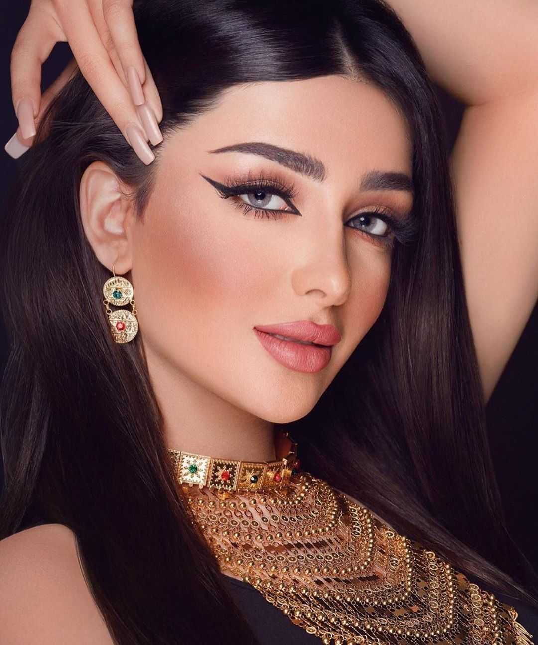 Makeup looks image by Shrina Sanchez Bridal smokey eye