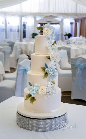 Sugar Flower Wedding Cake Set Up In Marquee Sugar Hydrangeas And