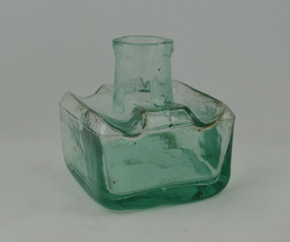 ANTIQUE GERMAN INK BOTTLE GLASS INKWELL ORIGINAL 19th century