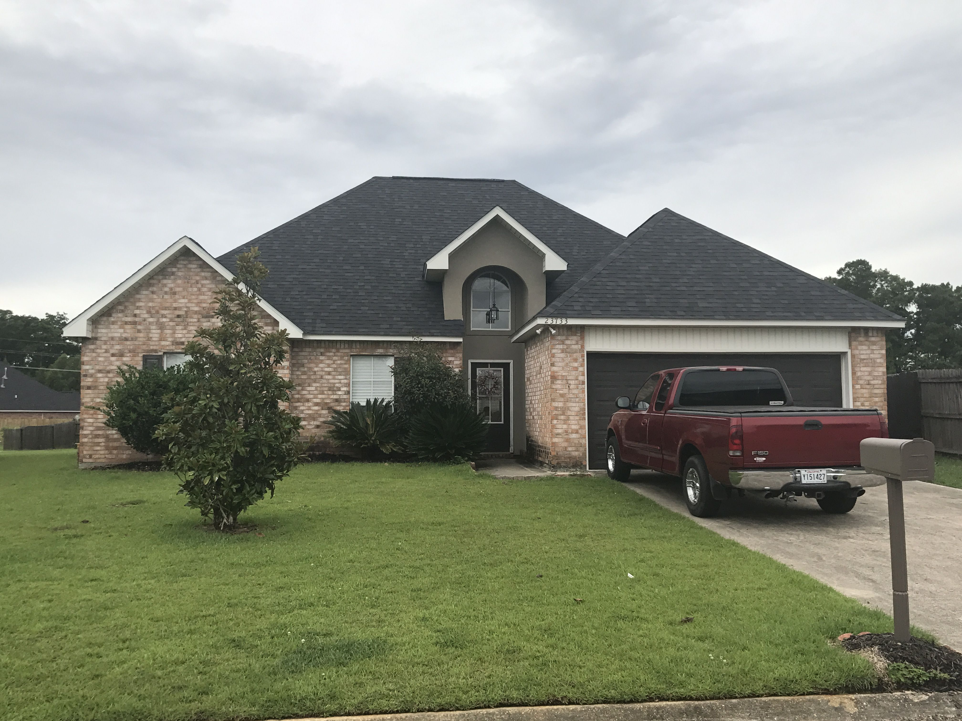 Onyx Black Owens Corning Duration Shingle In Denham Springs La Roof Crafters Llc