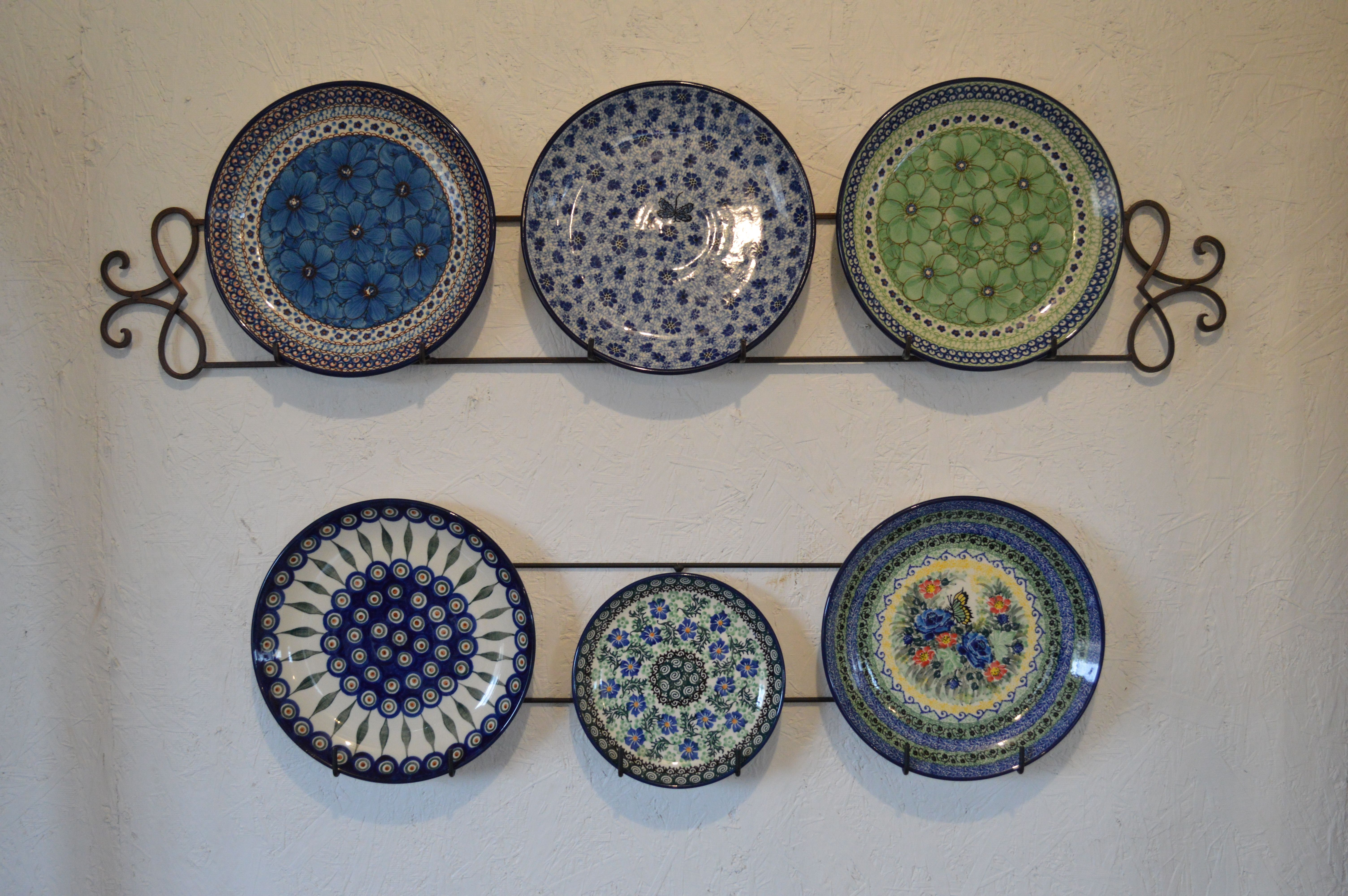 Plate Racks Wonderful Way To Display Polish Pottery Plates In Your Kitchen Plates On Wall Flower Room Decor Polish Pottery