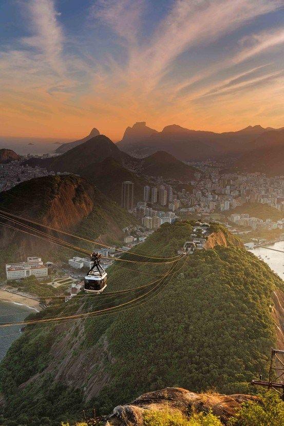 Pôr do sol no Rio deJaneiro.