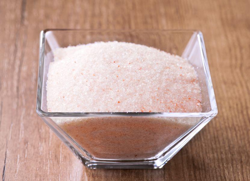 Himalayan pink salt in small bowl of glass himalayan