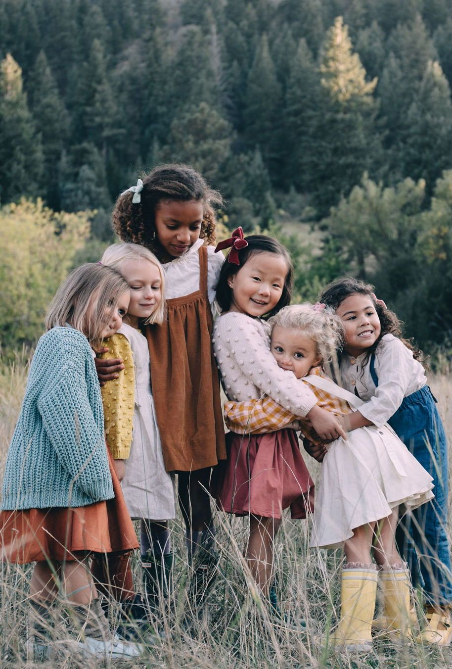 Luxe Velvets Collection - Wunderkin Co. Handmade velvet hair bows for your baby, toddler, or little girl and her free spirited style. Perfect for fall and winter adventures.