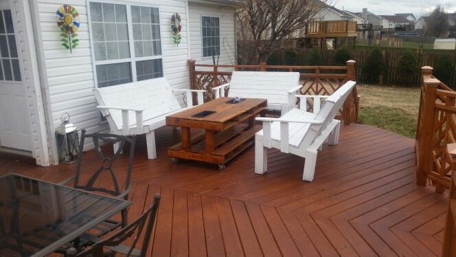Pallet outdoor furniture 10