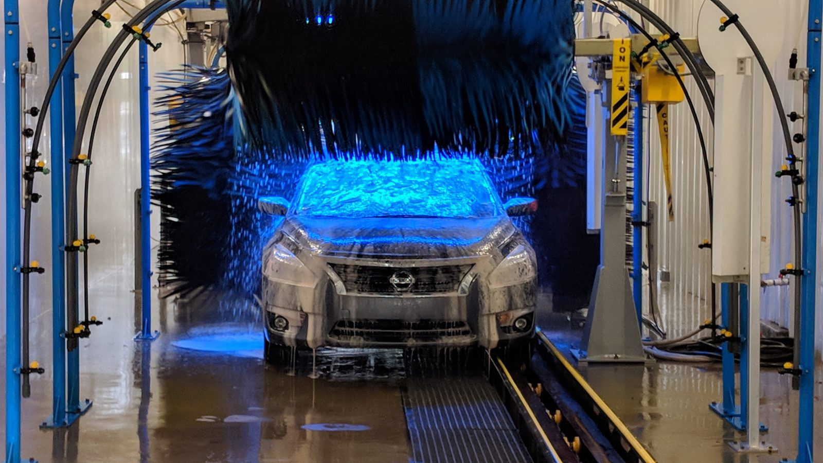 What's The Difference Between Car Wash And Car Detailing