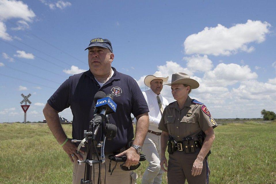 Photos Deadly HotAir Balloon Crash in Texas Hot air