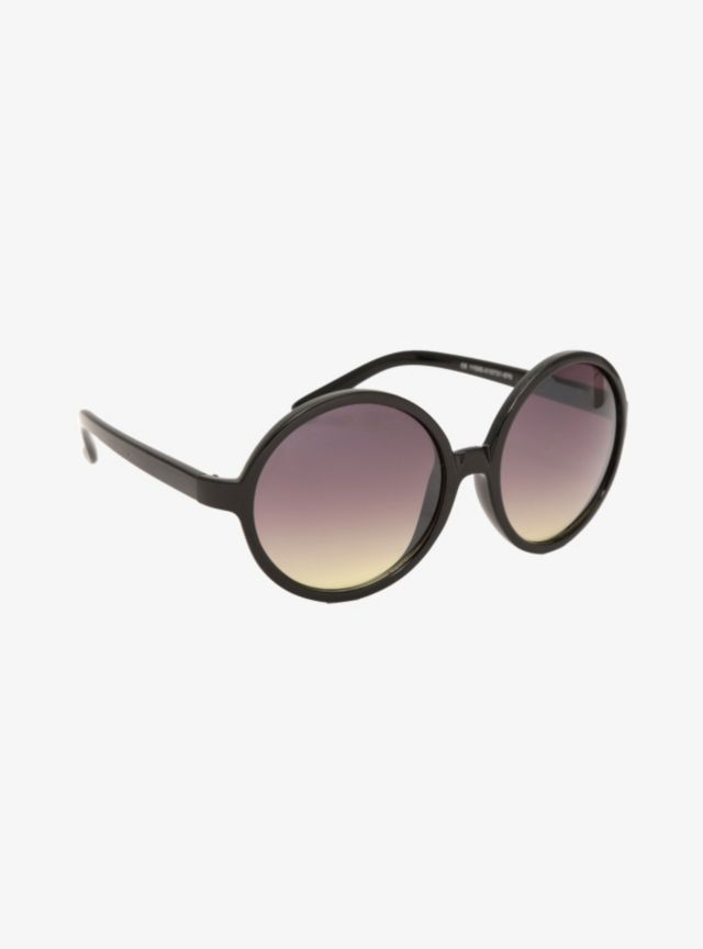 Oversized with style, these oval tortoise-rimmed sunglasses have a brown metal stripe detail on the sides and a faded tint.