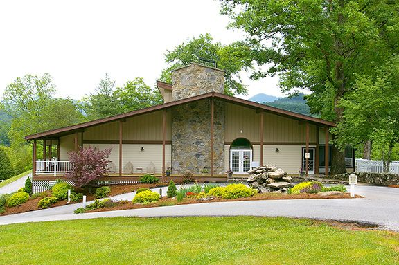 Cat Creek Lodge boasts seven one-bedroom suites, all with private baths, a personal kitchen area, and screened-in porches. Take a dip in our large swimming pool, relax by the fire pit, or prepare a meal on our outdoor grill. Historic downtown Franklin is less than two miles away with many read more