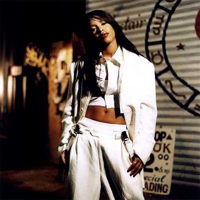 aaliyah style | Aaliyah baggy jeans' tip in high school... I still dig Aaliyah's style ...
