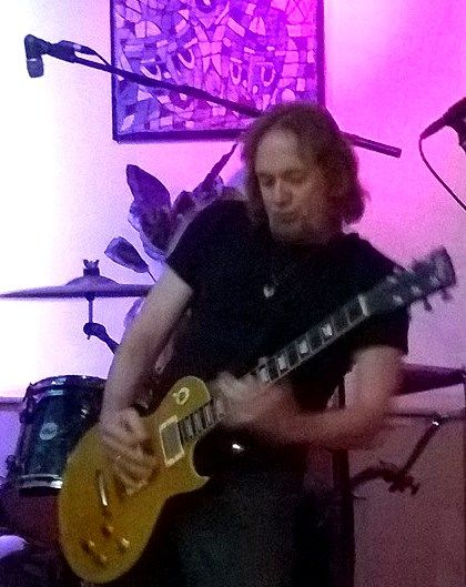 IRON MAIDEN'S ADRIAN SMITH ROCKS UP IN CHISWICK WITH DOOGIE WHITE, ANDY BARNETT AND DAVE 'BUCKET' COLWELL 12th January 2015