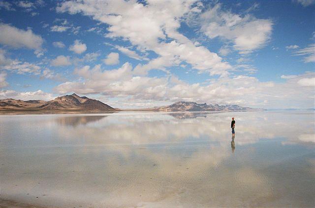 The Bonneville Salt Flats in Utah - 7 of the Driest Places
