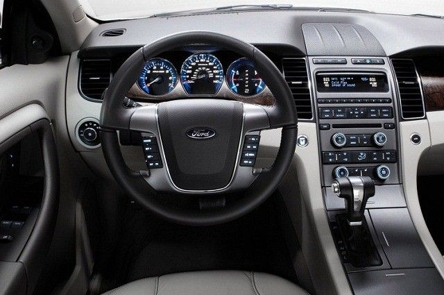 2017 Ford S Max Interior View