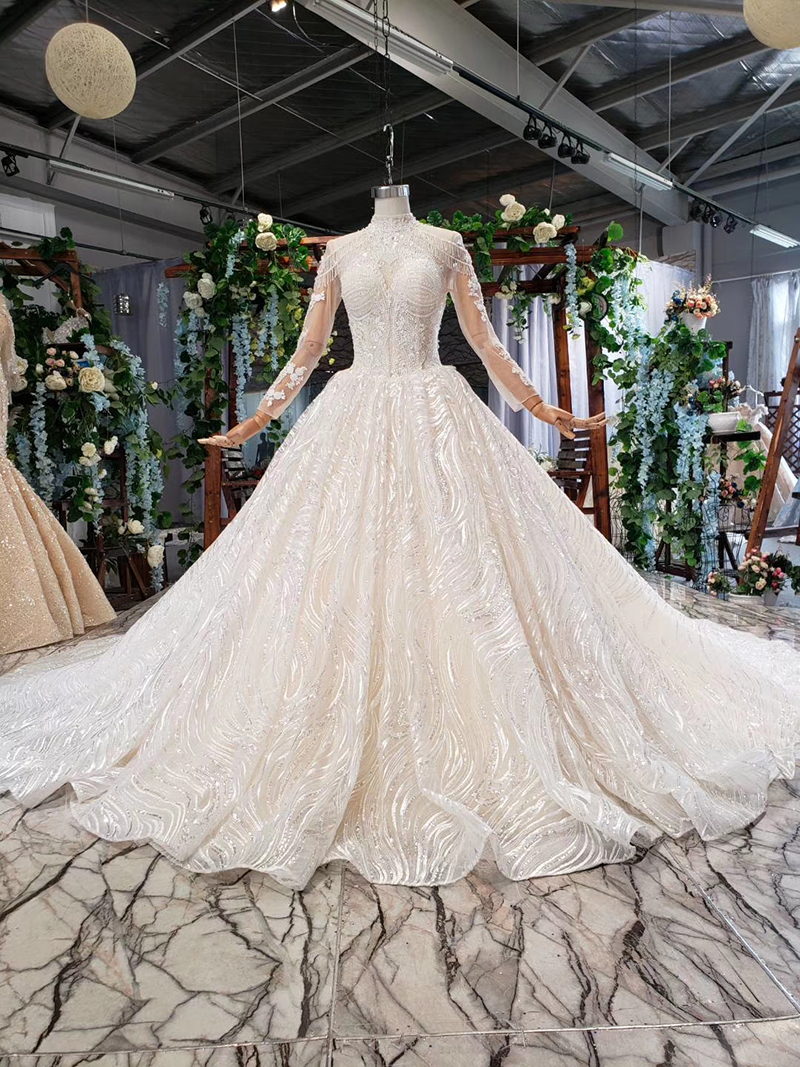 10 Pretty Princess Wedding Dresses That Rule Mywedding Wedding Dress Couture Wedding Dresses Couture Wedding [ 1500 x 600 Pixel ]