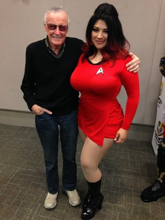 Stan Lee and Ivy Doomkitty #stanlee #cosplay #ivydoomkitty ...