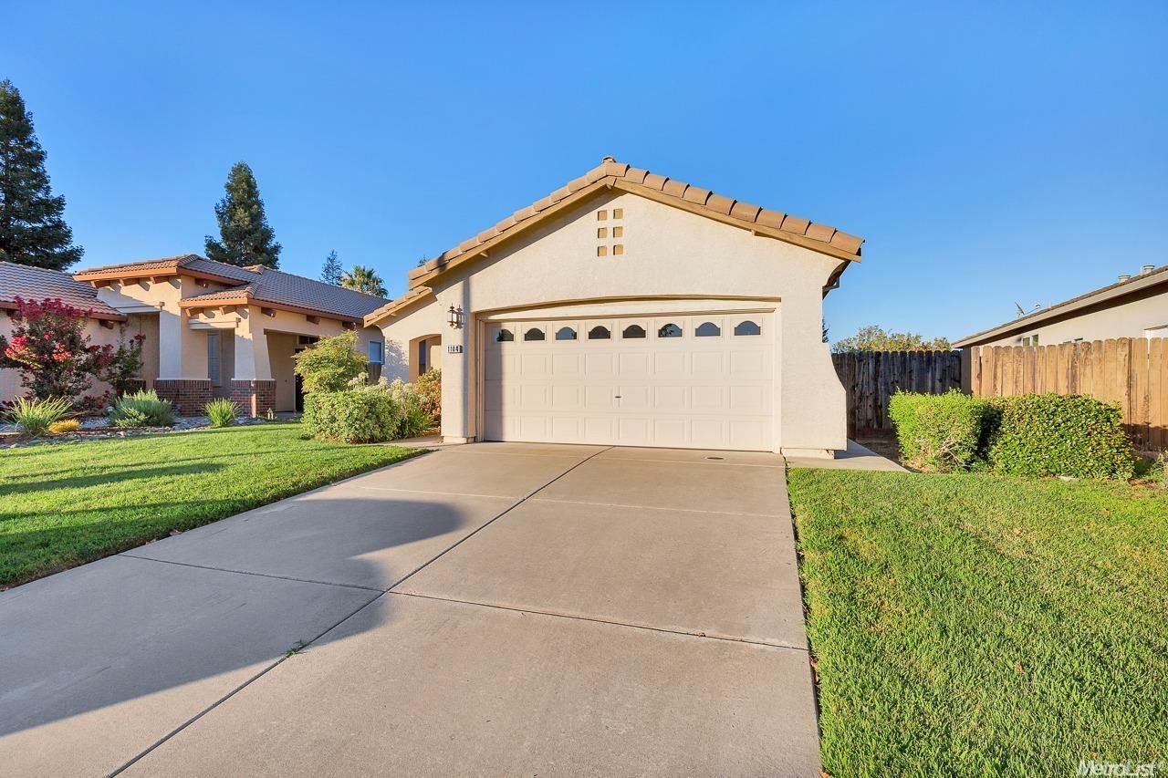 1104 Rudgwick Dr Roseville Ca 95747 3 Bed 2 Bath 349 000