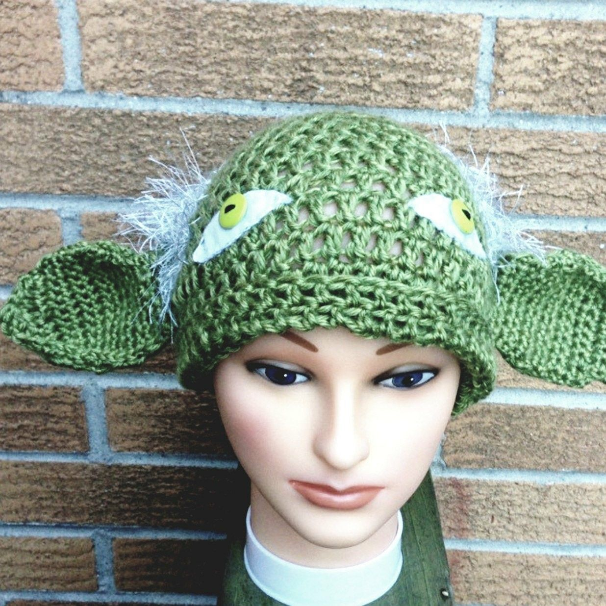 Get ready for Star Wars celebration, with yoda hat costume ...