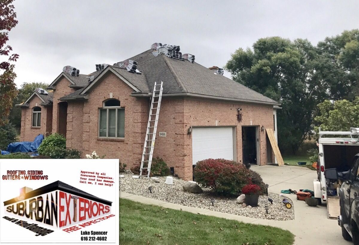 Construction Company Specializing In Insurance Claim Work For Storm Damage We Do Roofing Siding Gutters And Windows Http Www Roofing House Styles Siding