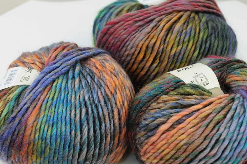 New 'Olaf' yarn, 52% wool and 48% acrylic.  Annaclare.
