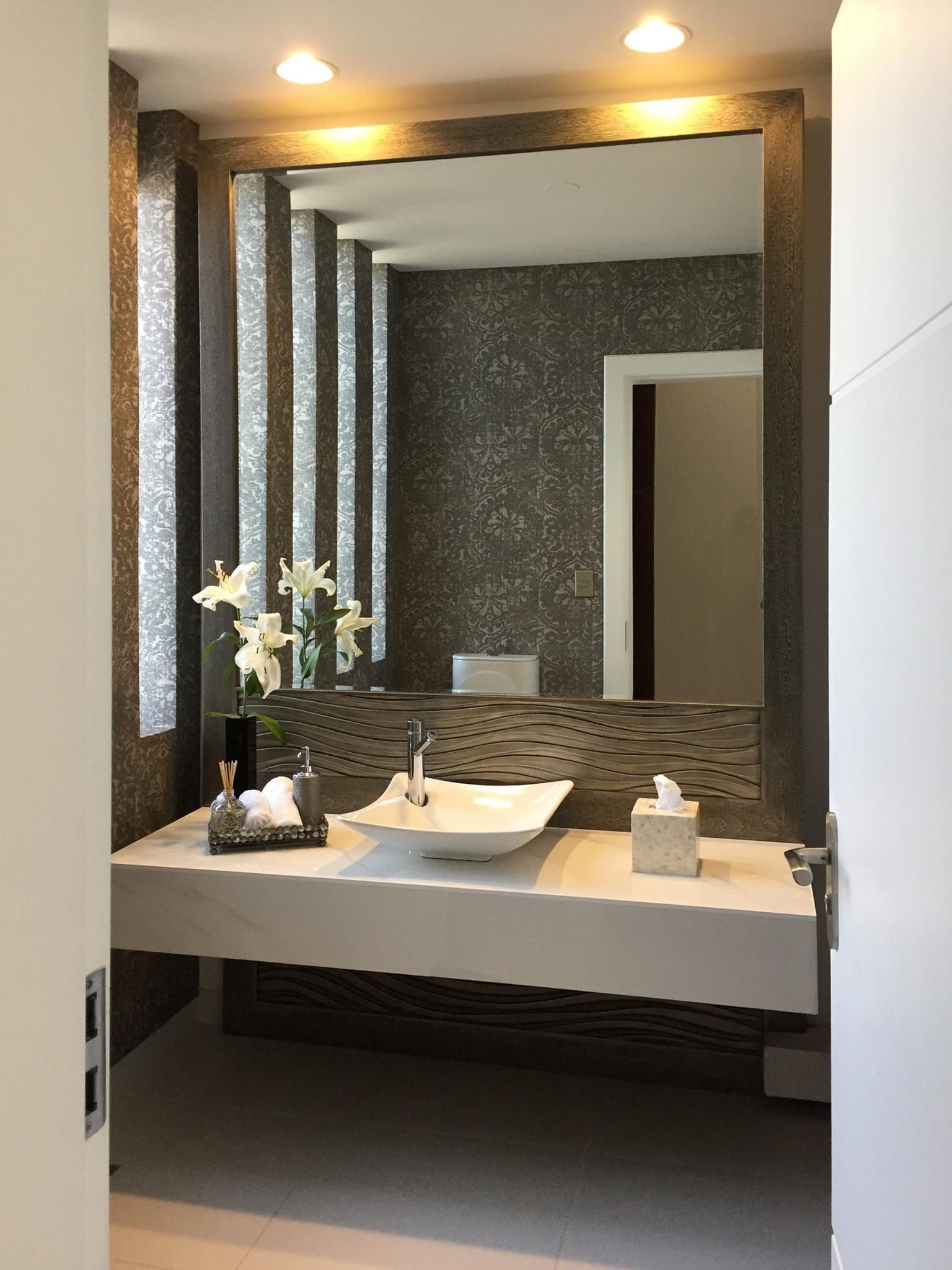 Modern 1950s Bathroom And Vintage On Pinterest: 14+ Ideal Small Bathroom Remodel Walls Ideas In 2019