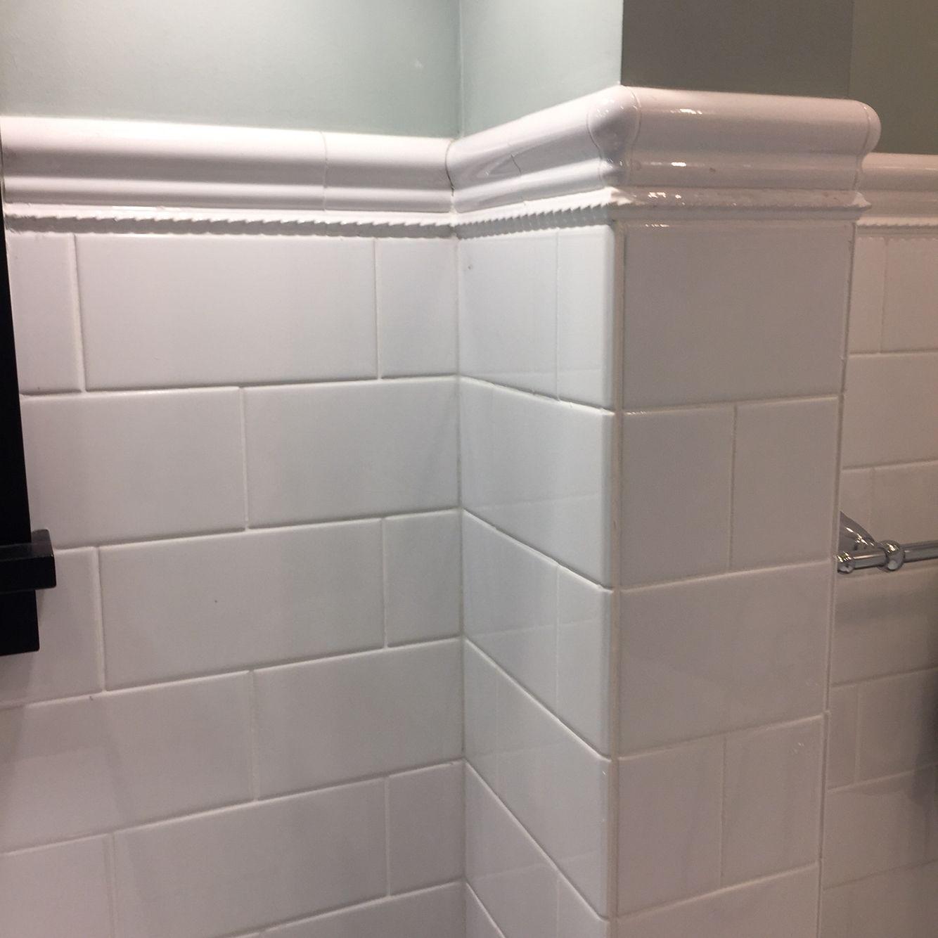 Oversized White Subway Tile With Pencil Roping And Cap Farmhouse Master Bathroom House Bathroom Tile Bathroom