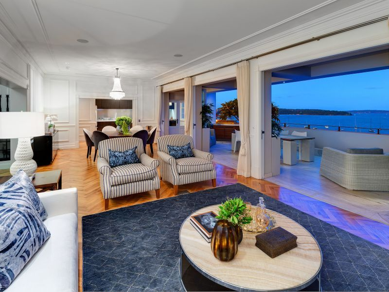 12 12 Onslow Avenue Elizabeth Bay Nsw 2011 With Images Huge Master Bedroom Pent House Outdoor Spaces