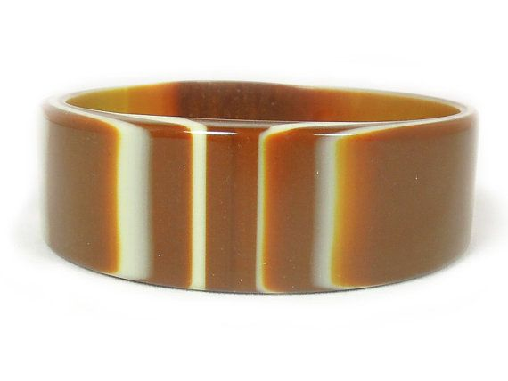 LusciouslyHued Vintage Lucite Bangle ca. 1960s New by AgeofPlastic, $14.00