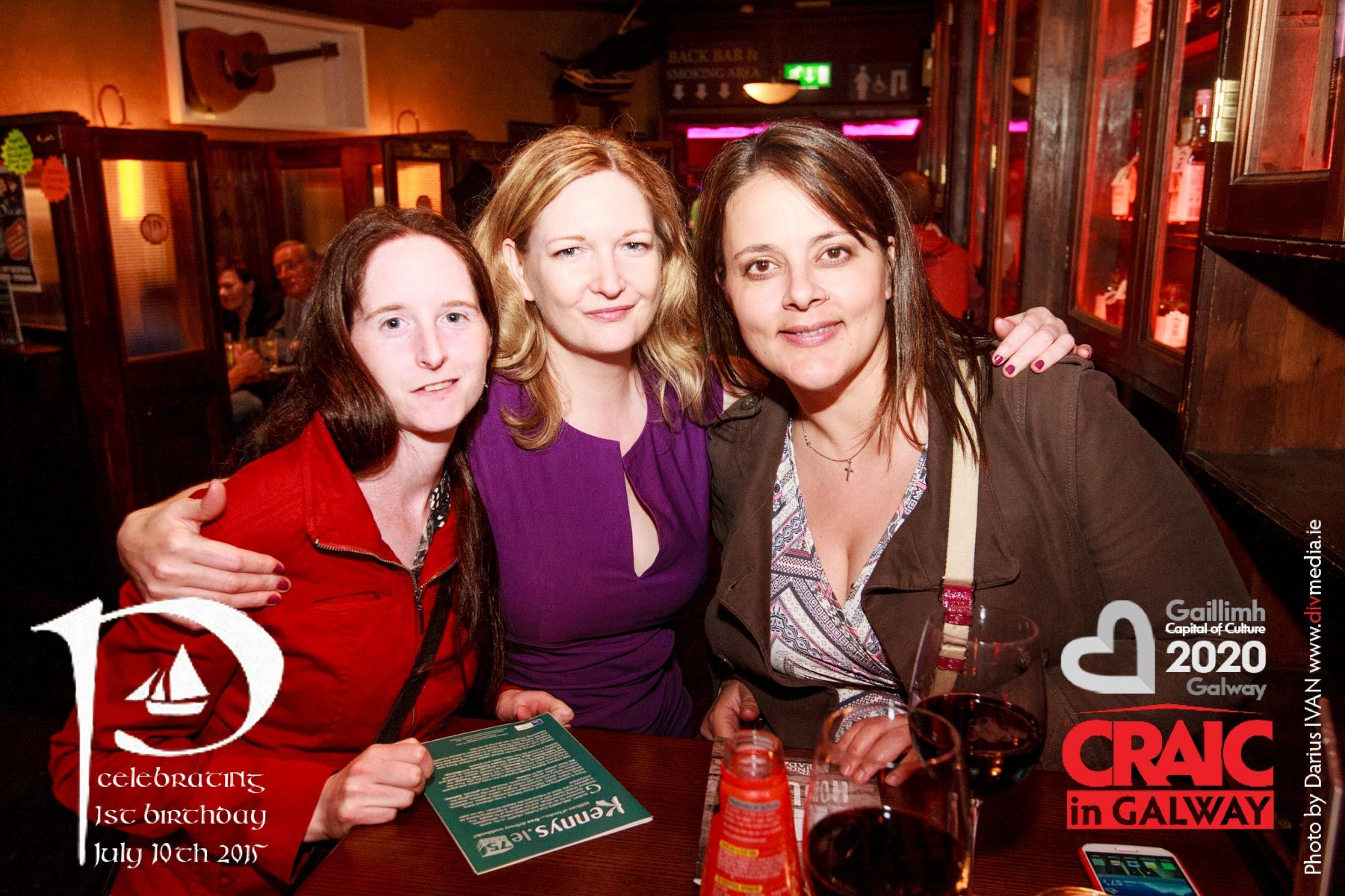 The craic in an pcan friday 26th june ibackgalway craicingalway bar malvernweather Image collections