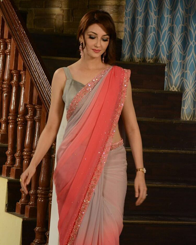 wearing the lovely sari by joemansoori in bhabhiji