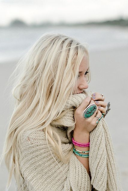 Winter Beach Style :-) Cozy knits and turquoise | http://hairstylecollections.blogspot.com