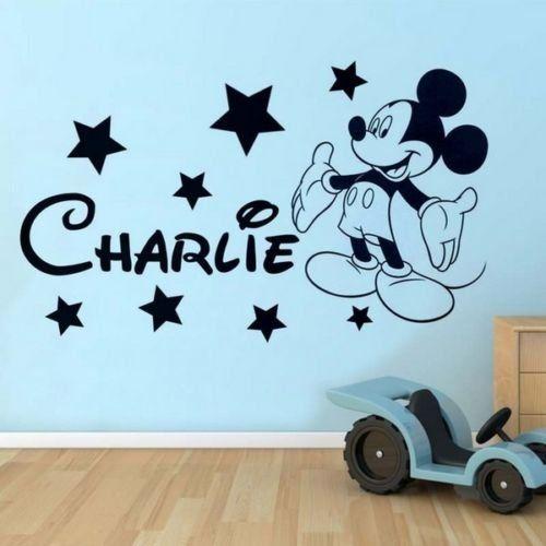 Mickey Mouse personalisiertes Wandtatto mit dem Namen des