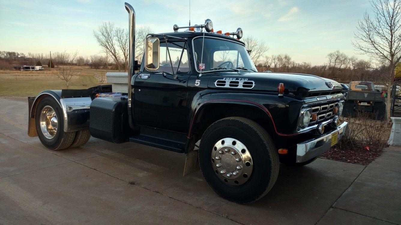 our 1964 f750 5th wheel cool trucks big trucks ford tractors 5th [ 1336 x 752 Pixel ]