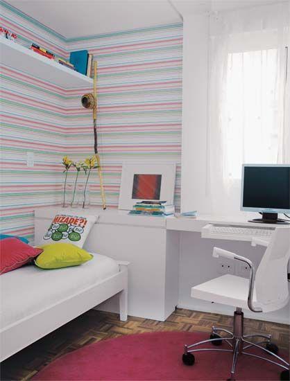 14 ideias para usar vermelho, roxo e rosa em salas e