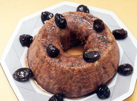 Bolo de Ameixa - Veja como fazer em: http://cybercook.com.br/receita-de-bolo-de-ameixa-r-12-6867.html?pinterest-rec