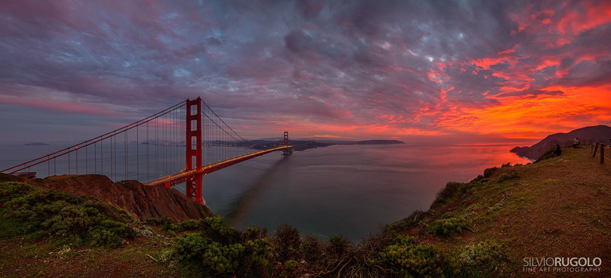 This is a 6 frames stitch 14.5k x 6.6k Pixels. I was so focused on shooting the bridge that I was almost missing what was happening on the right: something really rare which I tried to capture it with a panorama stitch. The tonal range of reds was almost impossible for the camera to capture.